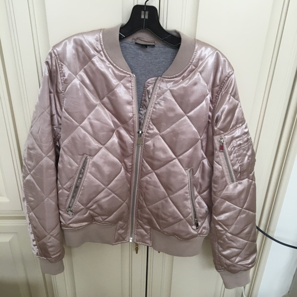 Topshop Jackets & Blazers - Topshop Quilted Blush Bomber Jacket US 10